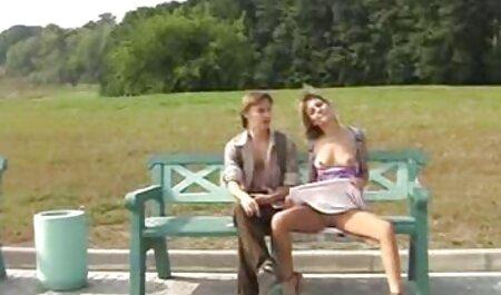 Jezebelle Bond hace una mamada petardas taboo increíble en pov