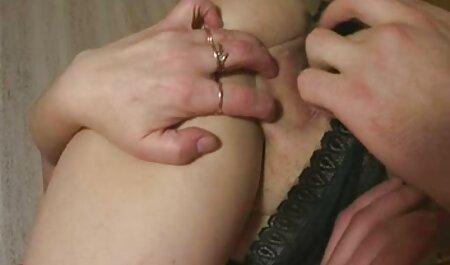 HUNT4K. Hunter seduce a rubia en un centro peliculas xxx taboo comercial para guarras