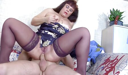 Burlas cutie Mandy Muse dick en el culo y jizzed en el tabu sex tube coño